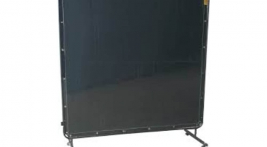 4 Best Welding Curtains [Welding Screen Buyers Guide 2021]